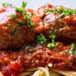 Recipe: Spaghetti with Veal Meatballs